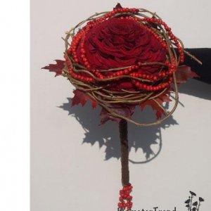 Brudebuket som en syet rose m. langt skaft pris 2.500 kr