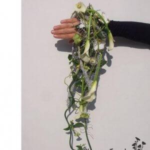 Brudebuket:brudesmykke formet som muffe pris 1.500 kr