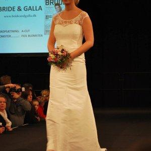 Brudekjole fra Bride & Galla