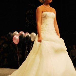 Brudekjole fra Skott