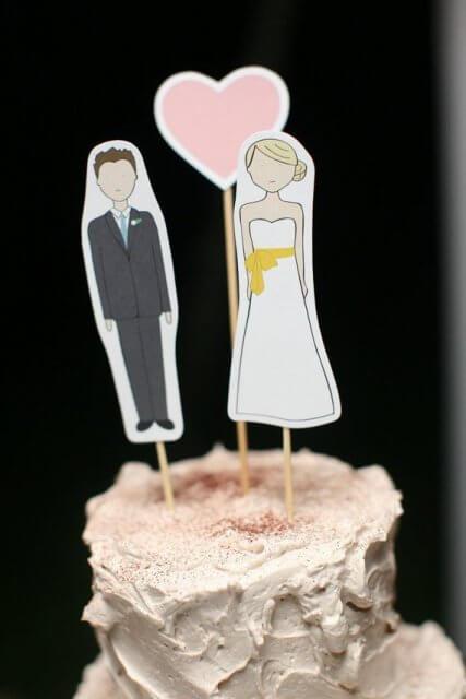 Ti fredagsfavoritter: Bryllupskagefigur fra Ready Go på Etsy.com