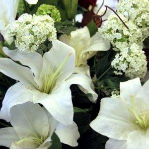 Smukke naturtro kunstige blomster fra Flower Factory