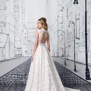 700f09dc8220 Dyb rygge - find den perfekte brudekjole med dyb ryg