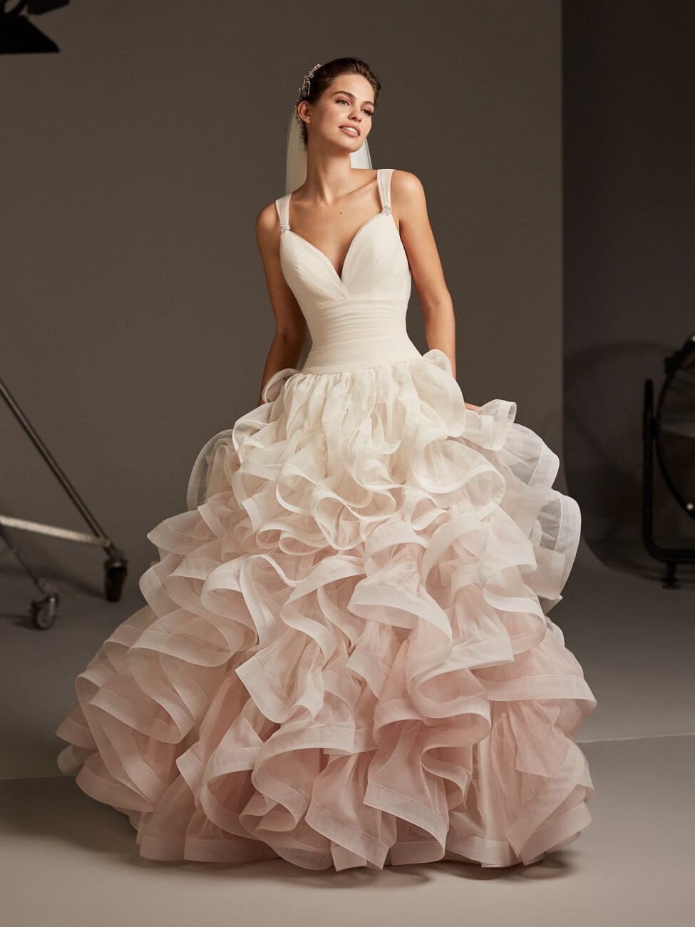 pronovias blush dress
